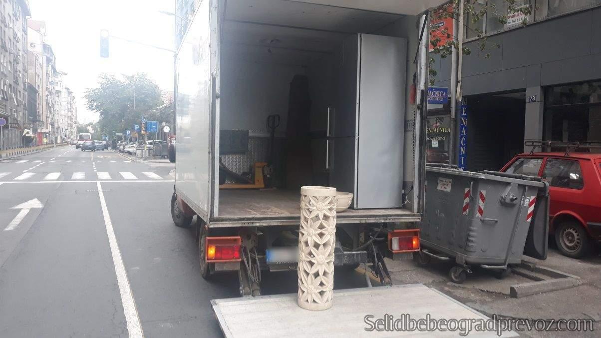 Prevoz Selidba Bele Tehnike Frižidera Šporeta Velikih Kućnih Aparata Veš Mašine Beograd