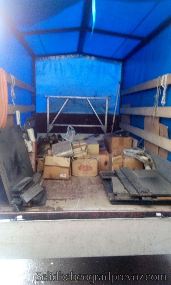 Odvoz starih i nepotrebnih stvari na deponiju