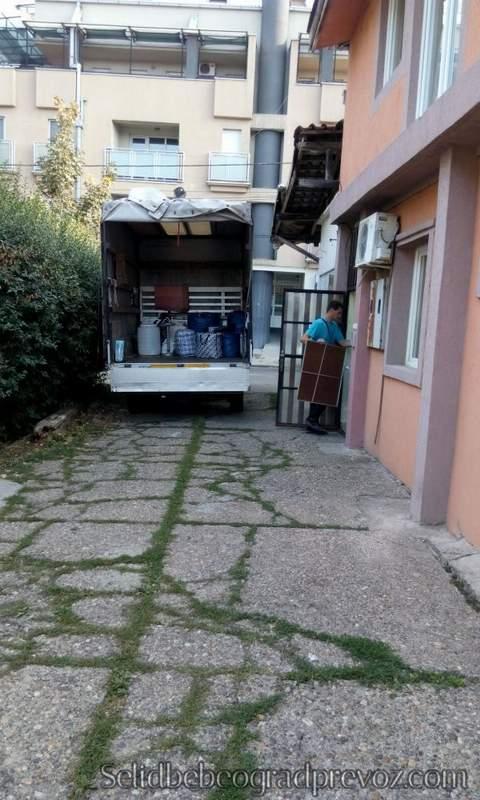 Selidbe Zvezdara Kamionom Brzo i Lako