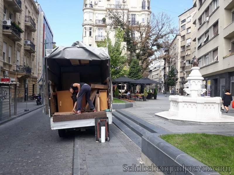 odvoz nepotrebnih stvari na deponiju stari grad