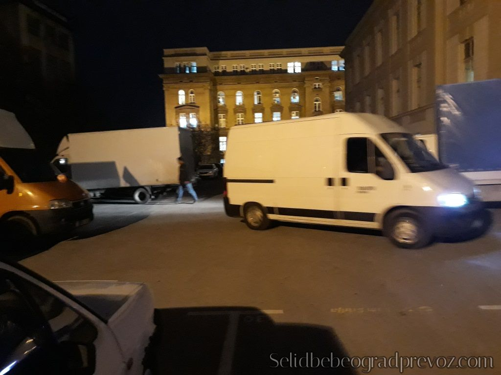 Selidbe Beograd sa Više Vozila