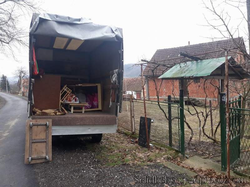 Selidba Vikendica Kamionom Mladenovac