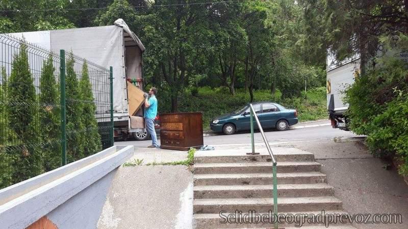 Transport Namestaja Brzo i Efikasno Beograd
