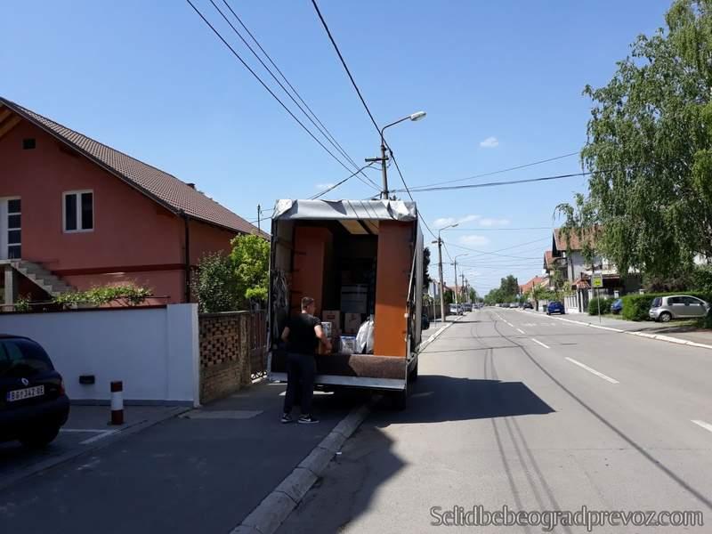 selidbe kamionom batajnica